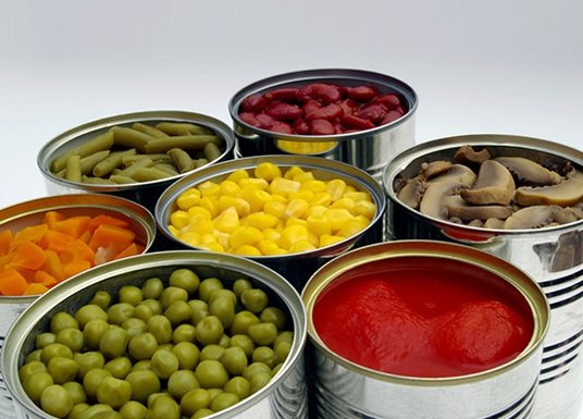 Metal cans, a good option to preserve food